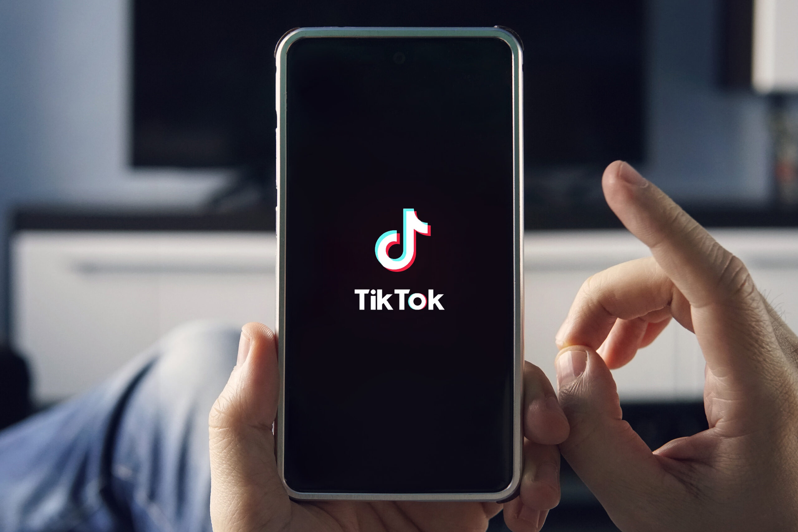 How Should We Protect Mobile Devices from Data Sharing Apps Like TikTok?